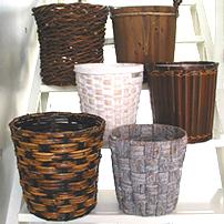 シンプルなカゴの鉢カバー